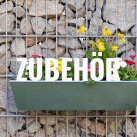 Zaun mit Blumenkasten